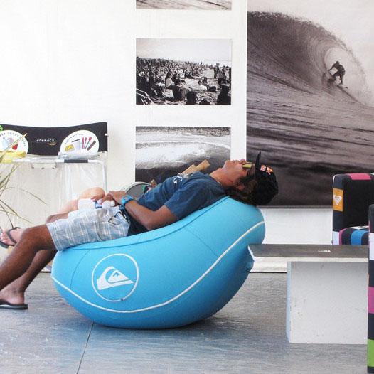 aufblasbare mobel natur m belideen. Black Bedroom Furniture Sets. Home Design Ideas